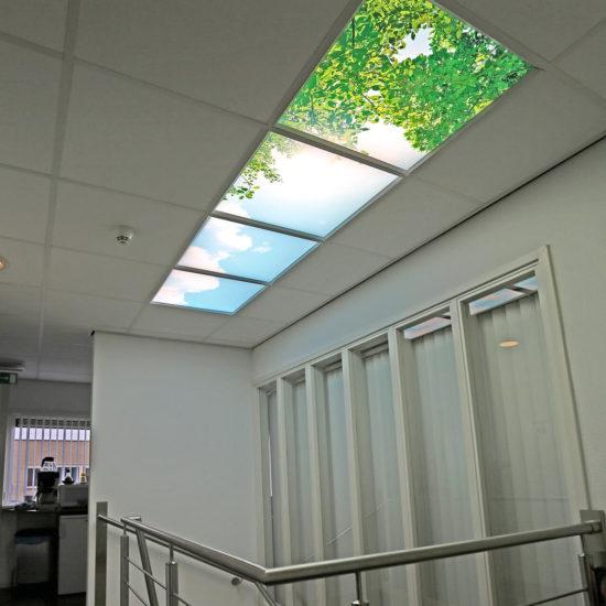 Daglichtplafond Kantoor Wolkenfotos - Gang trapgat-1280-S